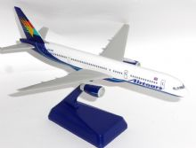 Boeing 757-200 Airtours International Snap Fit Collectors Model Scale 1:200 E